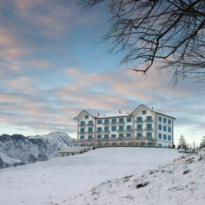 Harmonisch in die Landschaft eingebunden: Festivalspielort Hotel Villa Honegg