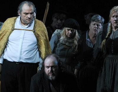 Zeljko Lucic (Simon Boccanegra), Markus Marquardt (Paolo Albiani), Staatsopernchor