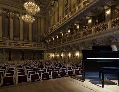 Glänzt auch auf der Bühne: Das Celviano Grand Hybrid Digitalpiano von Casio