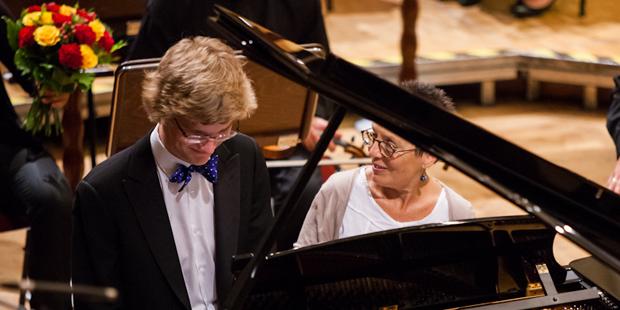 Auch in diesem Jahr dabei: Jan Lisiecki und Maria João Pires