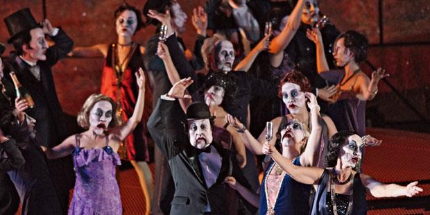 <i/>Turandot</i> in Bregenz: Spektakel mit Ambition