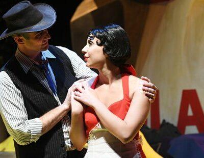 Michael McCown (Johnny Inkslinger), Elizabeth Sutphen (Tiny)