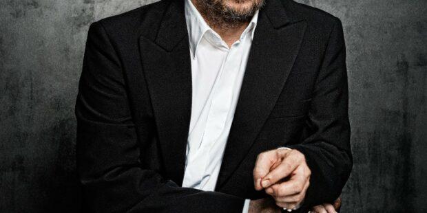 Christian Gerhaher wird neben seinen Opernauftritten auch als Lied- und Konzertsänger gefeiert