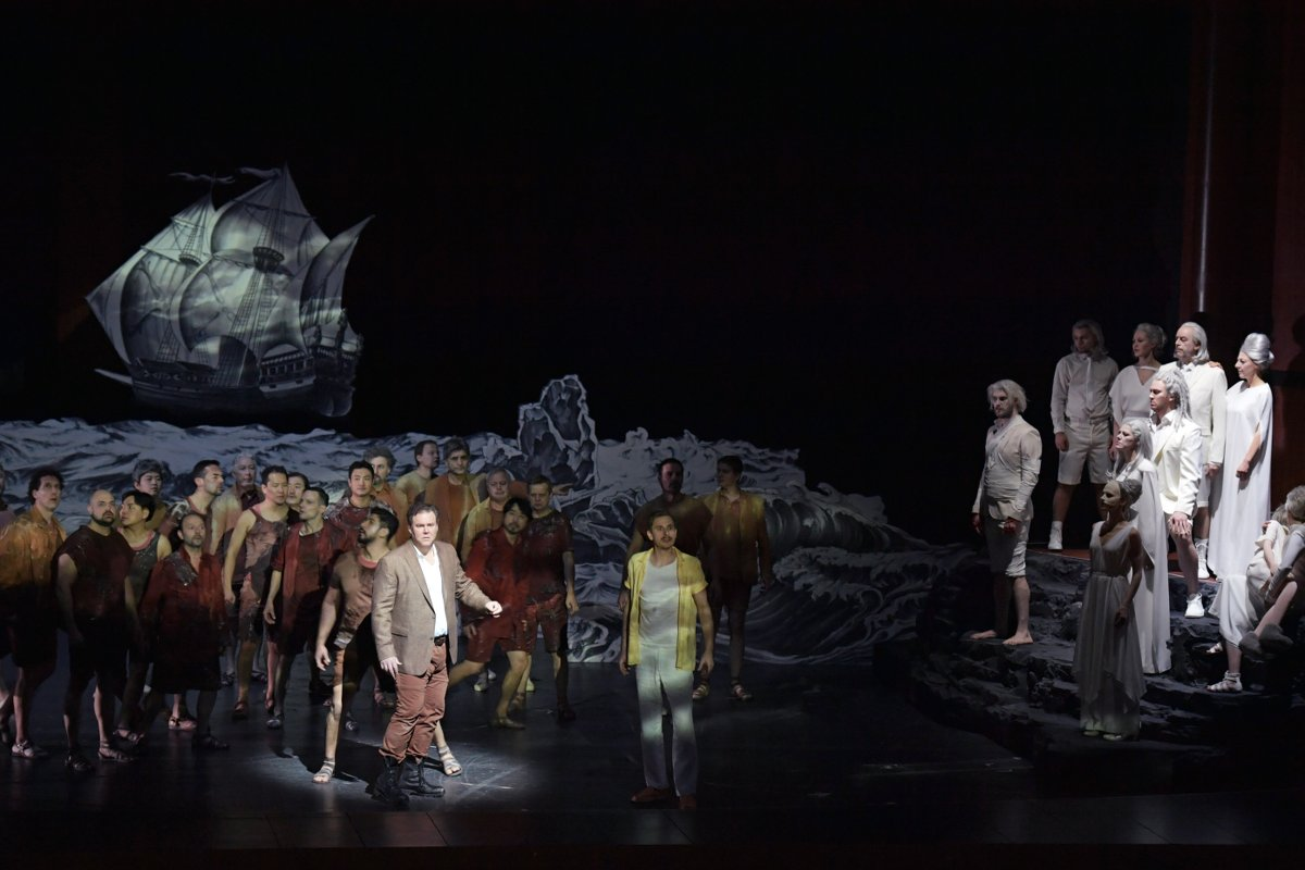 Bryan Register (Énée), Daniel Miroslaw (Panthée), Ensemble © Barbara Aumüller