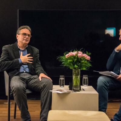 """""""Blind gehört"""" live mit Ulf Schirmer und Moderator Christoph Forsthoff"""
