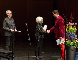 Verleihung des Kurt Masur Förderpreises an Sebastian Pilgrim durch Tomoko Masur und Frank Kämpfer