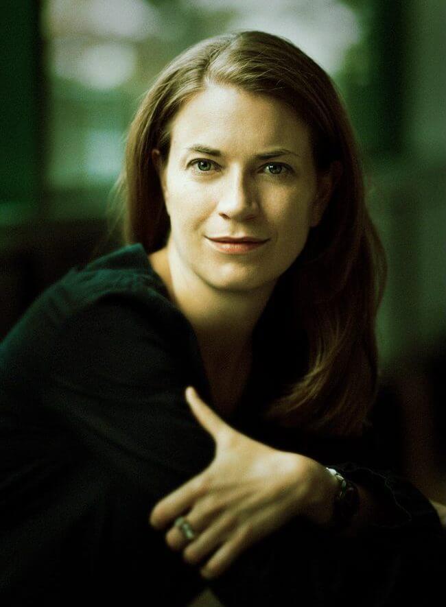 Elena Tzavara