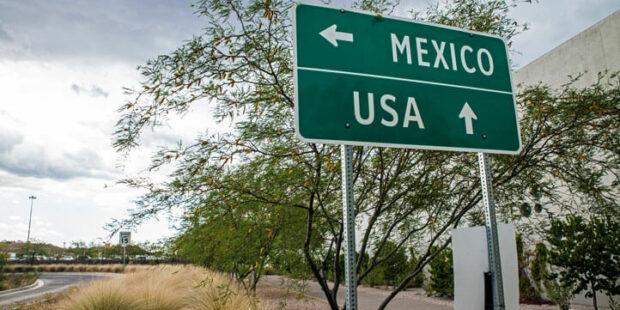 Grenzschild Mexico-USA