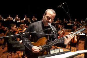 Marc Sinan und die Dresdner Sinfoniker beim Gedenkkonzert