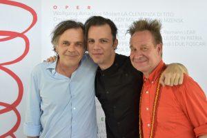 Markus Hinterhaeuser (Intendant der Salzburger Festspiele), Teodor Currentzis (Leitung) und Peter Sellars (Regie)