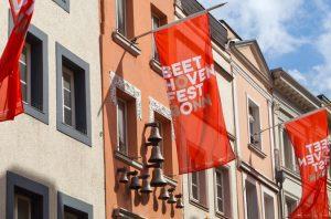 Fahnen beim Beethovenfest Bonn