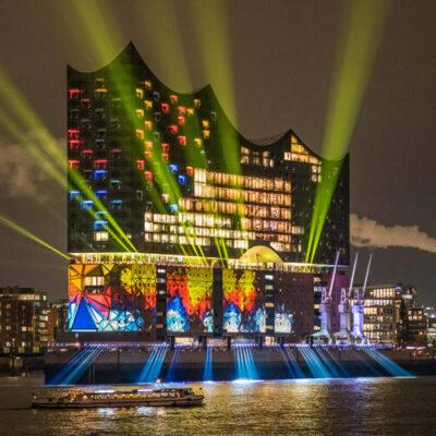 Elbphilharmonie. Eröffnung mit Lightshow