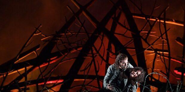 """""""Il trovatore"""" an der Oper Frankfurt"""