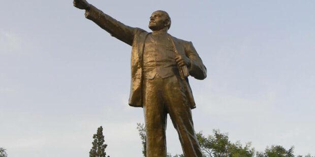 Lenin-Denkmal in der Ukraine