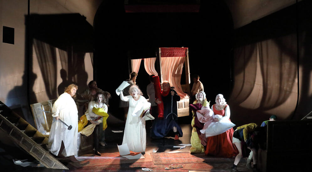 "Szenenbild aus ""Il trittico – Gianni Schicchi"""