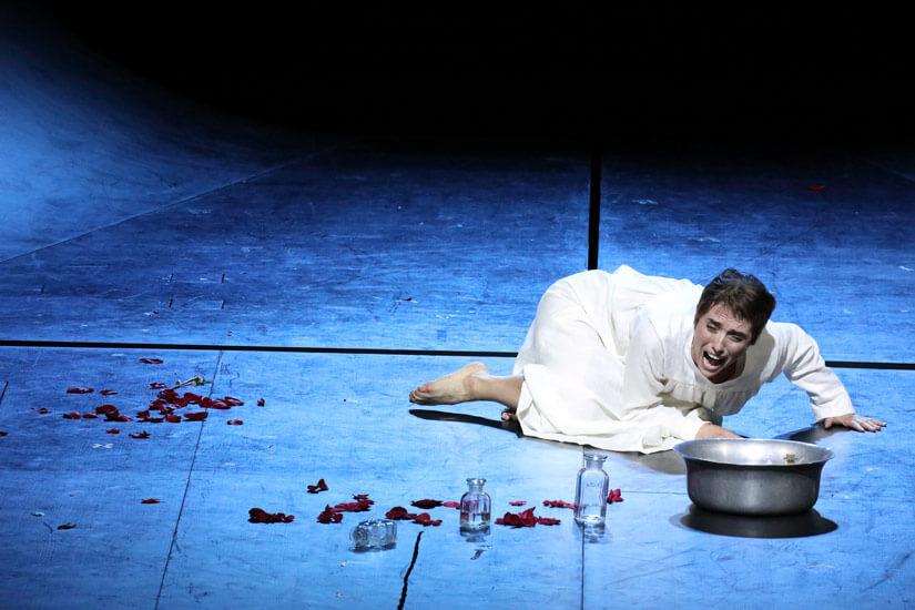 """Szenenbild aus """"Il trittico – Suor Angelica"""""""