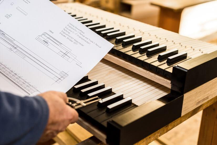 Bau des Truhenpositivs für den Mendelssohn-Saal des Gewandhauses