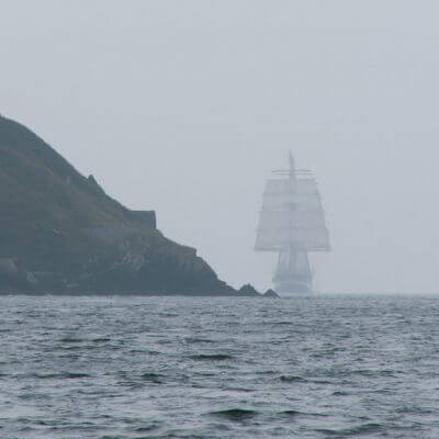 Schiff im Nebel