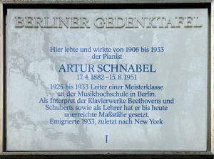 Gedenktafel für Artur Schnabel in der Wielandstraße 41, Berlin