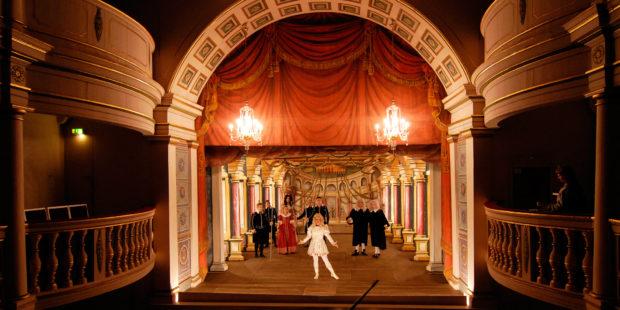 """Ekhof-Festival. Aufführung von """"Garten der Lüste"""", 2007"""