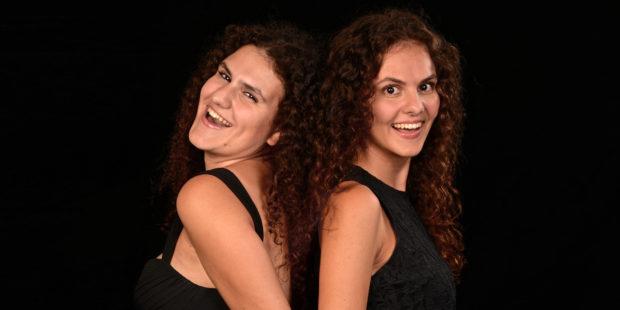 Kiveli (l.) und Danae Dörken