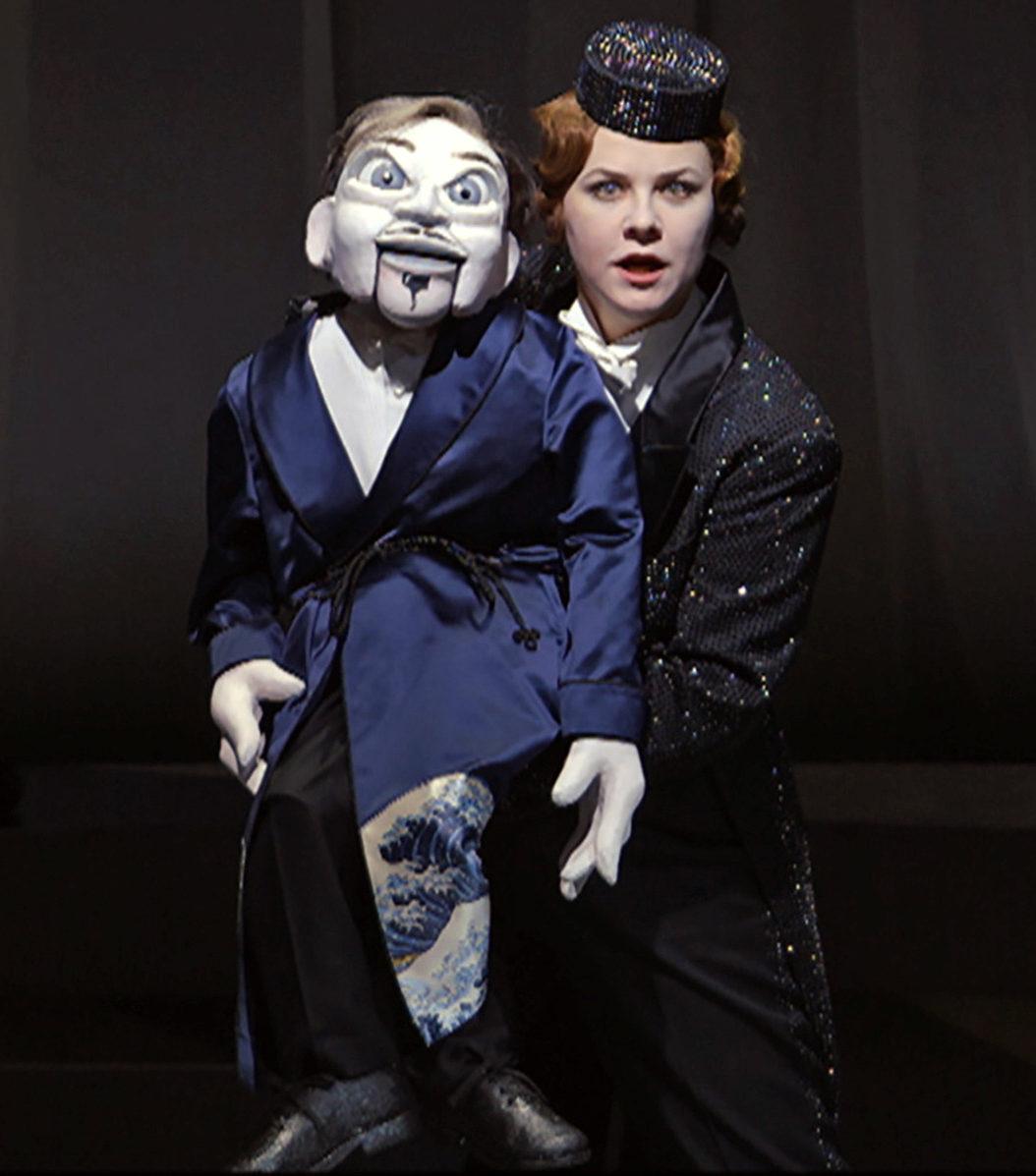 """Filmstill aus """"Ganz große Oper"""": Entstehung der Inszenierung von """"Un ballo in maschera"""""""