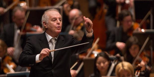 Daniel Barenboim dirigiert die Staatskapelle Berlin