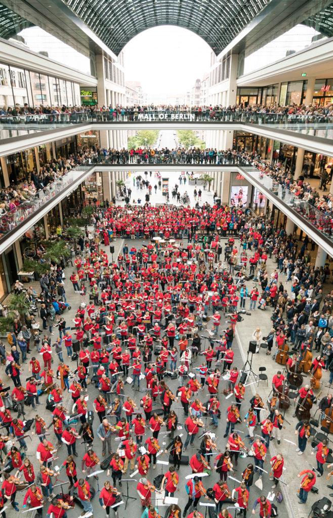 Deutsches Symphonie-Orchester Berlin, Symphonic Mob