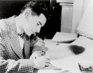Der junge Leonard Bernstein komponiert