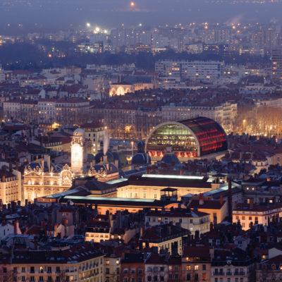 Opéra de Lyon bei Nacht