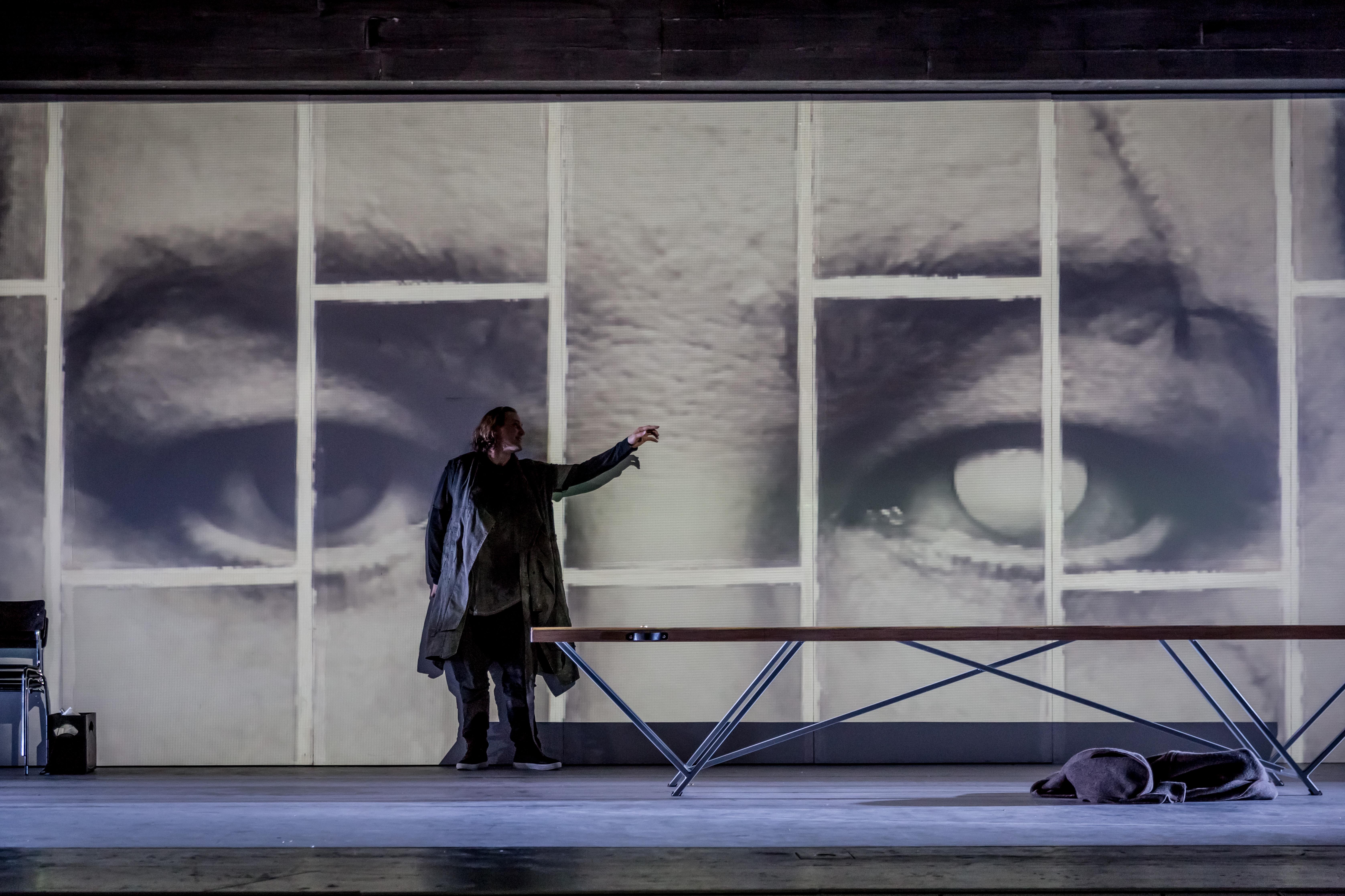 "Richard Furman in Wagners ""Walküre"" am Theater Magdeburg"