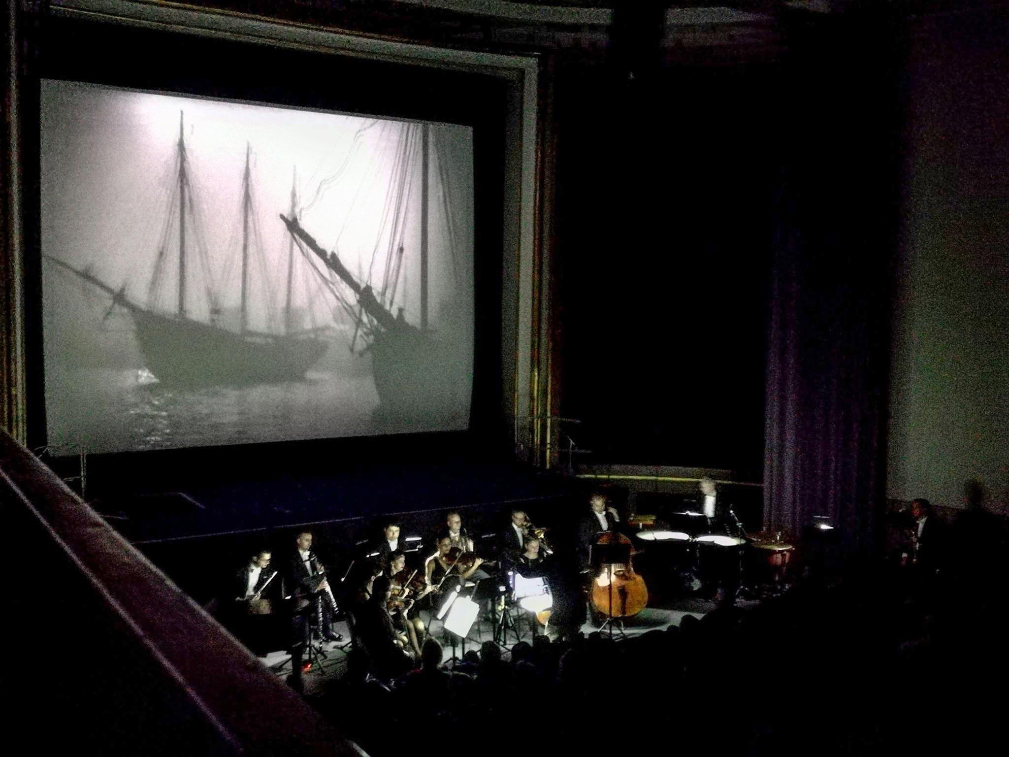 Metropolis Orchester Berlin. Live-Musik zu Stummfilmen