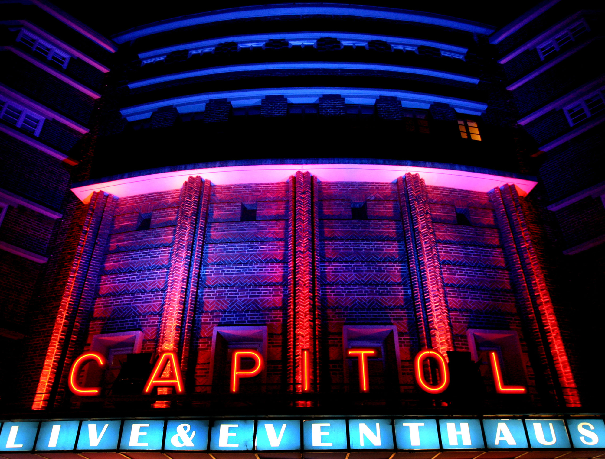 Fassade des Capitol Mannheim