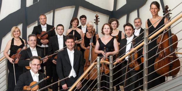 Südwestdeutsches Kammerorchester Pforzheim mit Chefdirigent Timo Handschuh