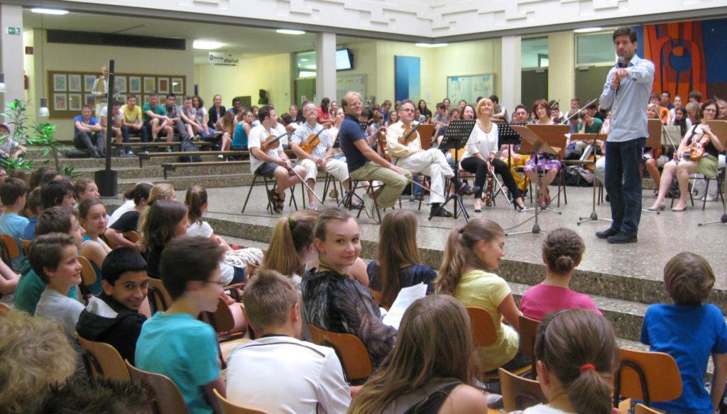 Südwestdeutsches Kammerorchester Pforzheim: Probenwerkstatt im Reuchlin-Gymnasium