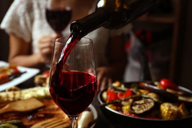 In Madrid steht neben der Musik auch der Besuch von Weinlokalen auf Pahuds Programm