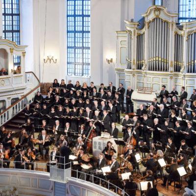 """Christoph Schoener und """"sein"""" Chor St. Michaelis"""