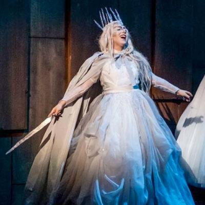 Susanna Stern als Schneekönigin