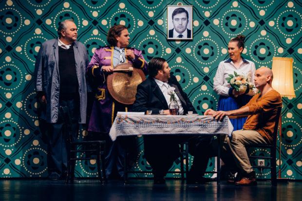 Lanzelot - Juri Batukov (Charlesmagne), Uwe Stickert (Heinrich), Oleksandr Pushniak (Drache), Emily Hindrichs (Elsa) und Máté Solyom-Nagy (Lanzelot)