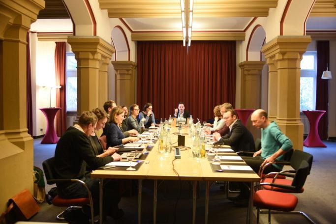 Redaktionssitzung in Bonn