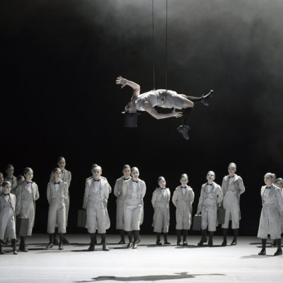 """A Midsummer Night's Dream"" an der Deutschen Oper Berlin: Jami Reid-Quarell (Puck)"