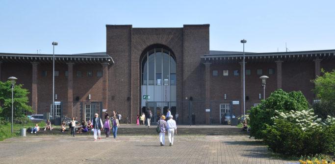Interimsspielstätte der Oper Köln: Staatenhaus am Rheinpark