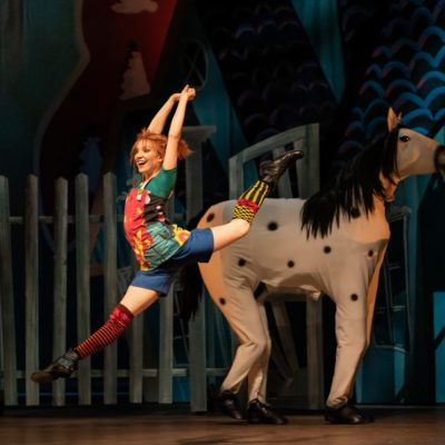 "Szenenbild aus ""Pippi Longstocking"" an der Finnish National Opera"