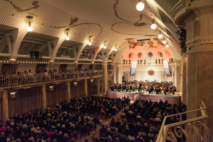Seit 1989 findet das Festival im renovierten Kursaal statt