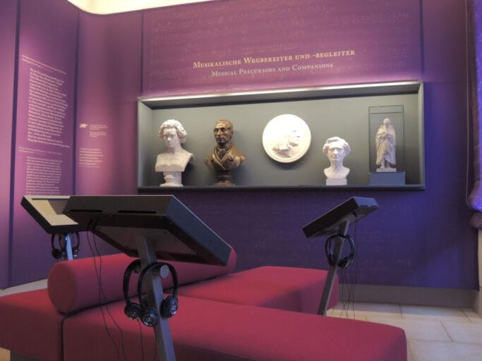 Musikalische Vorbilder Wagners und Hörstationen