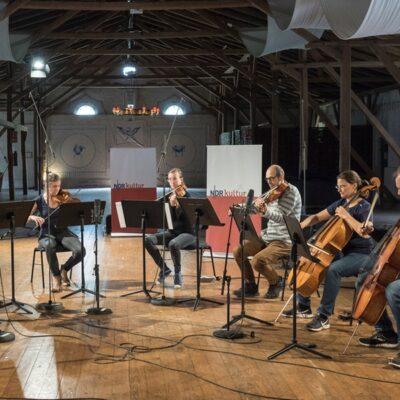 Das Ensemble Concerto Copenhagen bei der Carl Nielsen-WG in Pronsdorf