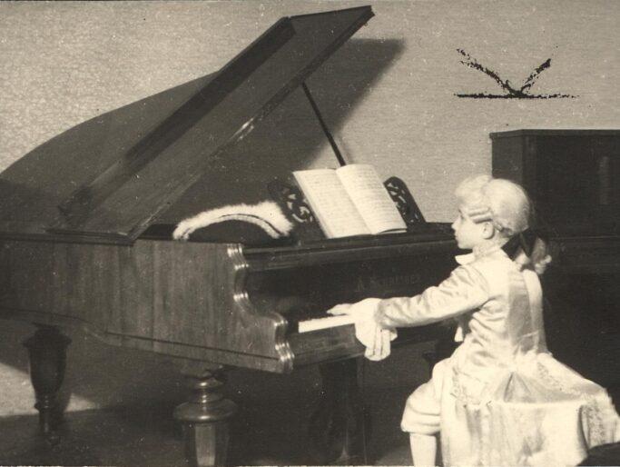 Rudolf Buchbinder als kleiner Mozart