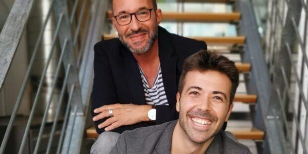 Moderator Holger Wemhoff mit Klarinettist Pablo Barragán