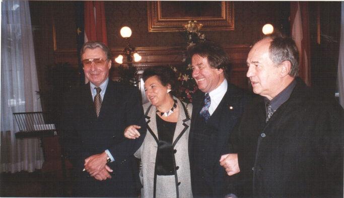 Rudolf Buchbinder mit Peter Alexander, Ehefrau Agi und Otto Schenk