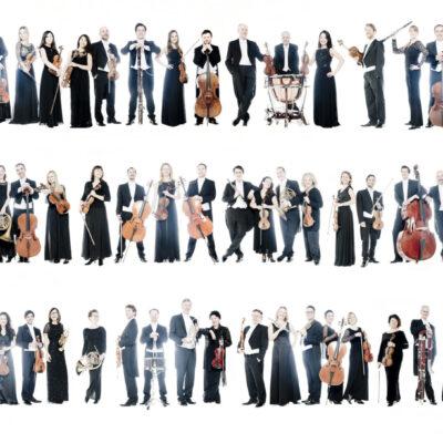 Hier tanzt keiner aus der Reihe: Die Münchner Symphoniker kultivieren ein homogenes und präzises Spiel. Zum Jubiläum setzen sie drei Stücke mit Bezug zum Orchester-Gründungsjahr 1945 aufs Programm.